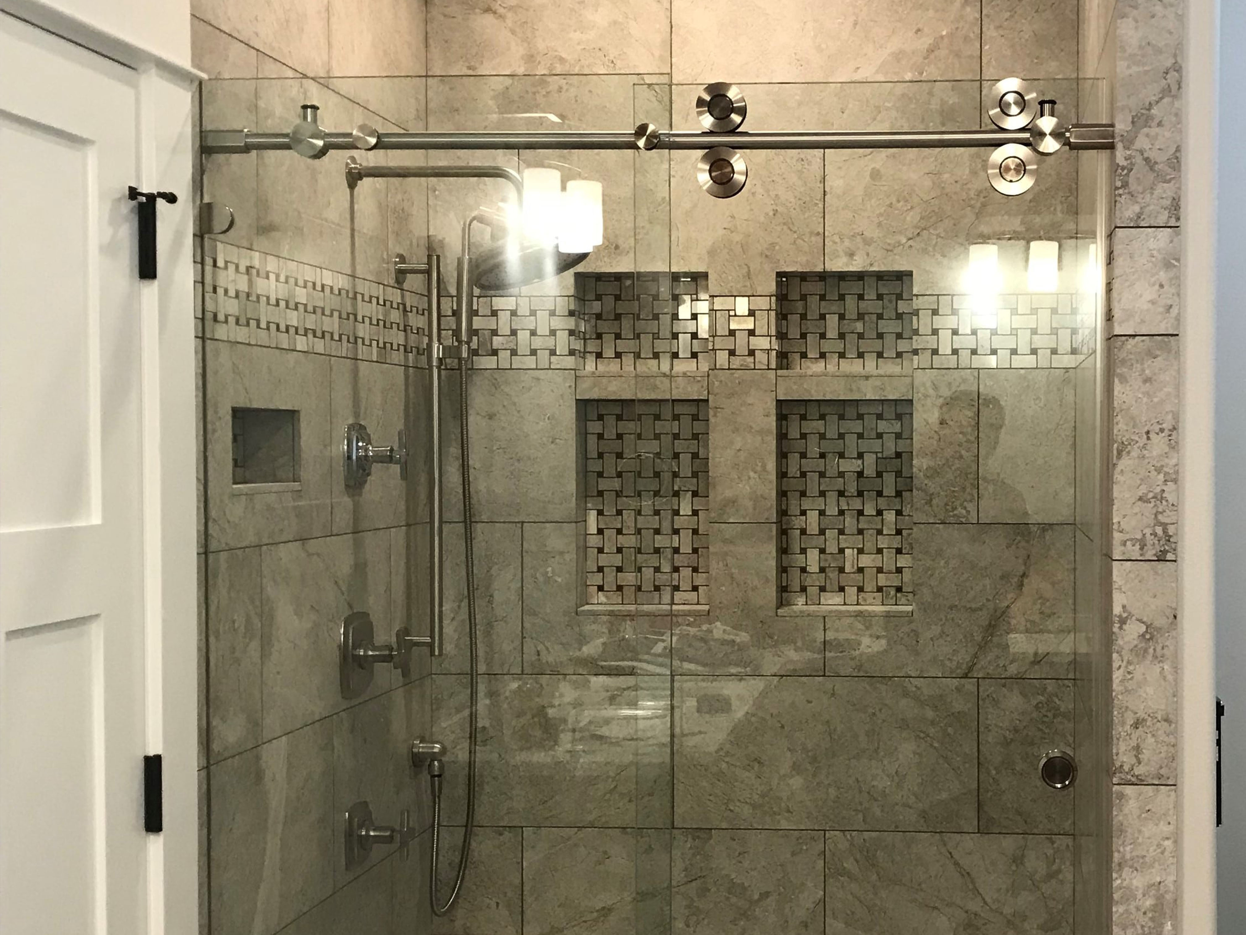 Frameless-Barn_Door_Shower__Glass